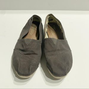Toms Brown Size 9.5